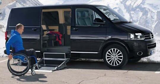 Volkswagen Tranporter mit Kassettenlift