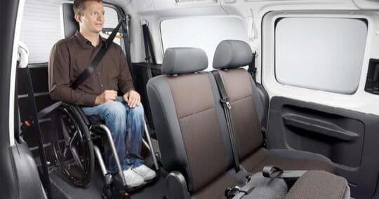 VW Caddy Passivfahrer Fahrgastraum