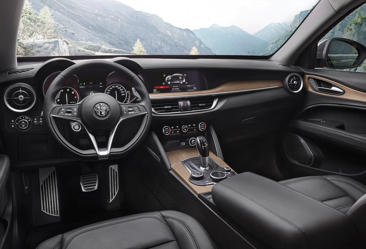 Alfa Romeo Stelvio Cockpit